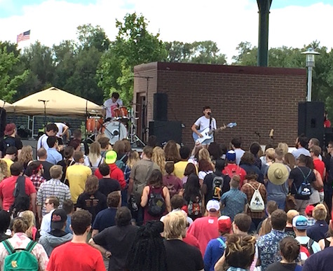 Diet Cig drew a surprisingly large crowd for playing so early in the day.