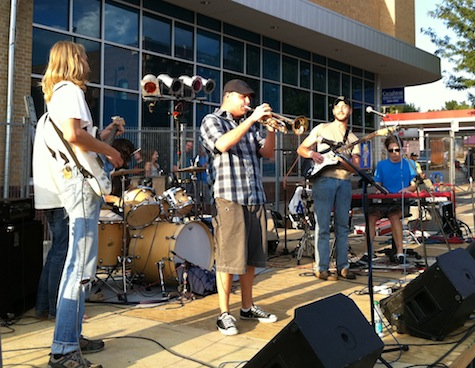 Gus & Call at Dundee Day, Aug. 27, 2011.