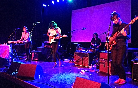 La Luz at The Waiting Room, Nov. 2, 2013.