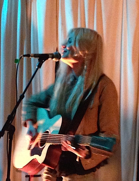Nina Nesbitt at Swan Dive.